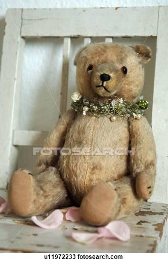 heartbreaks and teddybears